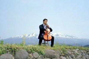 O violoncelo como elemento principal do filme A Partida